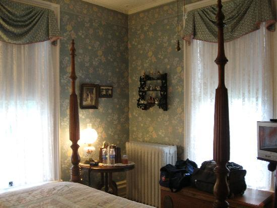 The Chancellor's House: Park View Room