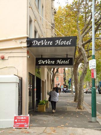 DeVere Hotel: On the street