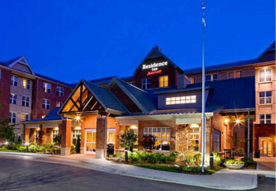 Residence Inn by Marriott Franklin Cool Springs: Residence Inn by Marriott at Dusk