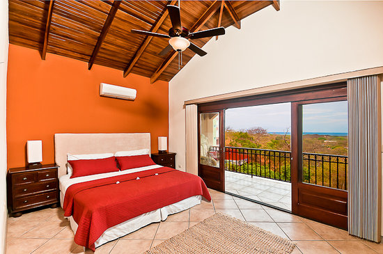 Mirador B&B: All Suites have ocean view and private baths