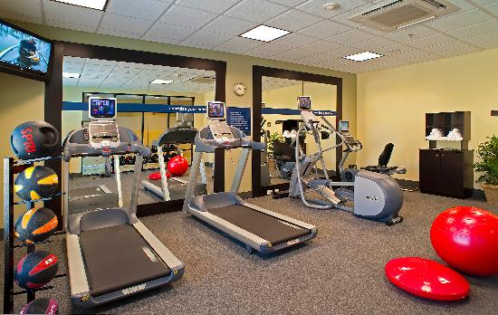 Hampton Inn & Suites North Charleston-University Blvd: Fitness Room on the 1st floor