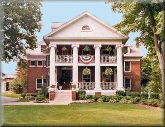 Photo of Arbor Hill Inn LaPorte