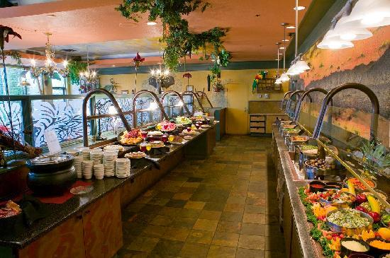 Medicine Hat Lodge Resort, Casino & Spa: Buffet