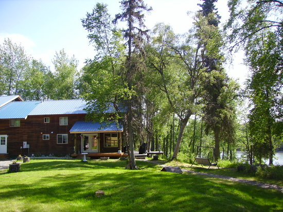 ‪Alaska Riverview Lodge‬