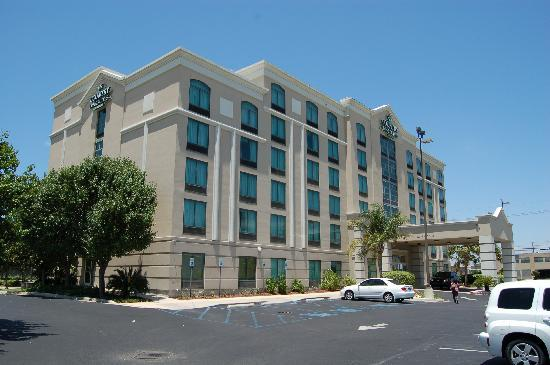 Kenner hotels