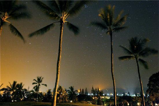 Outrigger Kanaloa at Kona: Garden at Midnight