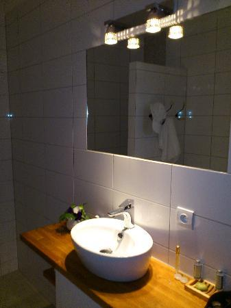 Campsegret, : bathroom