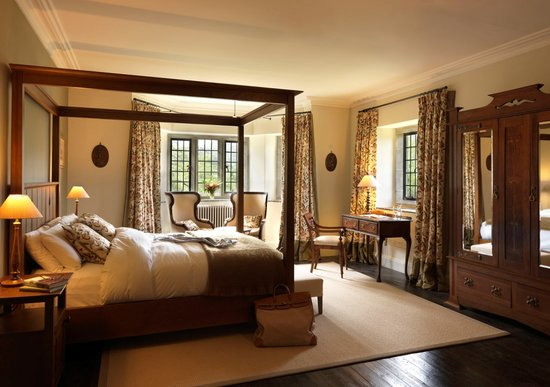 Hotel Ard na Sidhe: Main House bedroom at Ard na Sidhe