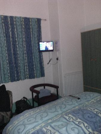 St Kilda Hotel: Double room 3