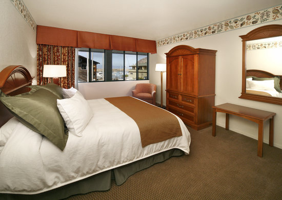 Embarcadero Inn : New Family Suite King guestroom