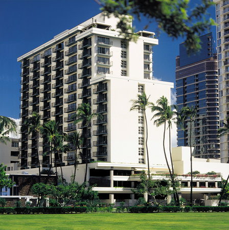Photo of DoubleTree by Hilton Alana Waikiki Hotel Honolulu