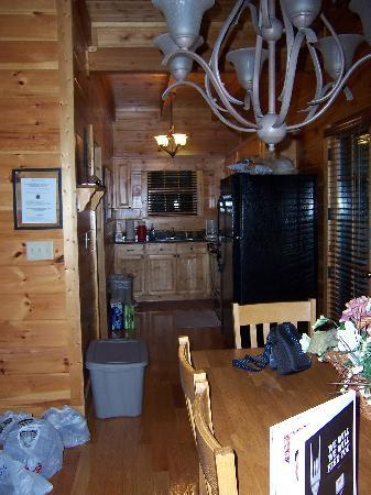 Smoky Cozy Kitchen Picture Of Smoky Cove Chalet And