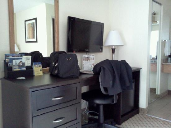 BEST WESTERN PLUS Kings Inn & Conference Centre: room very clean and comfortable