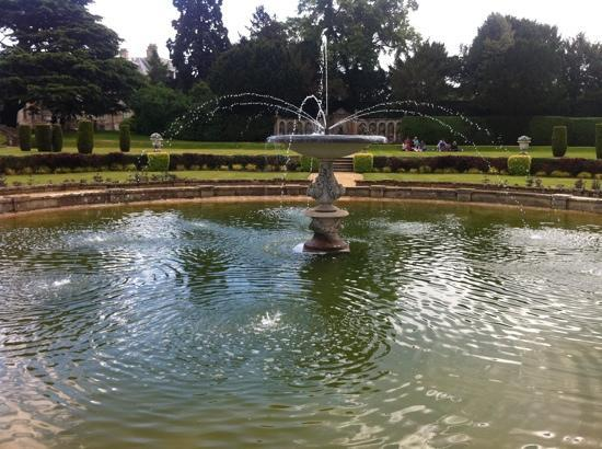 Grantham, UK: fountain in the Italian gardens