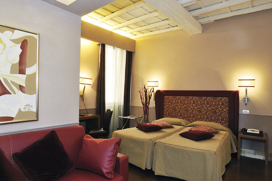 Condotti Palace: Junior Suite