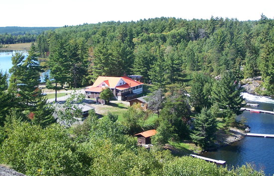 Pine Falls Lodge