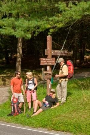 The Alleghenies, Pensylwania: Appalachian Trail Hikers