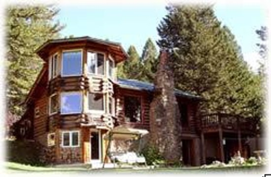 Historic 1930&#39;s  Silver Forest Inn Lodge &amp; Tri -Level T