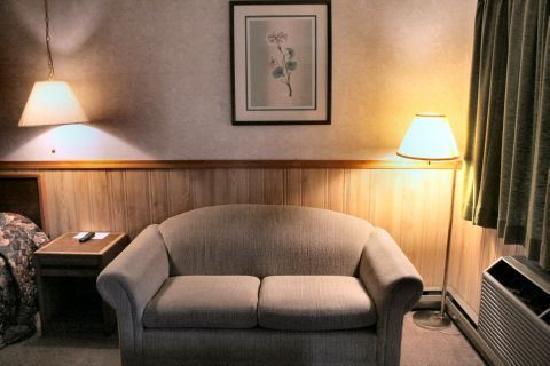 Caboose Motel: Love seat in our King room