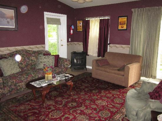 Cooperstown, NY: The living room of the commissoner's suite