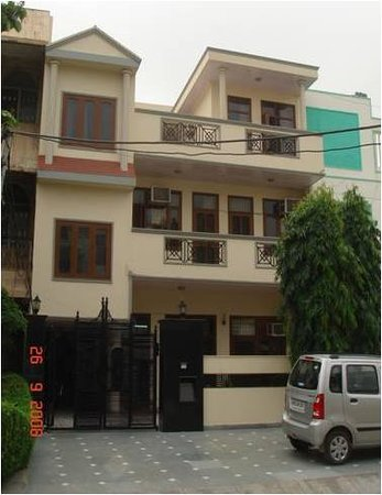 Divistha Guest House
