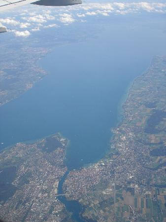 Costanza, Germania: Blick aus dem Flugzeug auf Konstanz