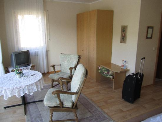 Zell, Germany: Sitting area of our room - large balcony is to the left overlooking beautiful Mosul River