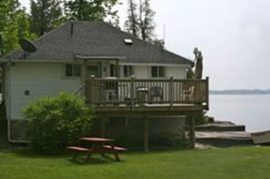 Birch Bend Cottage Resort