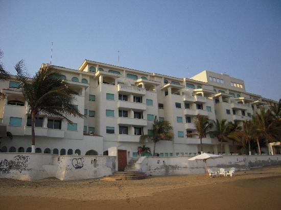 Camino Real Manzanillo: a view from the ocean