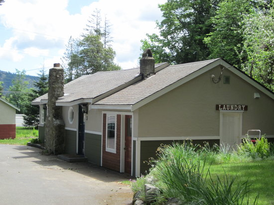 Malahat Bungalows Motel: Renovated bungalow