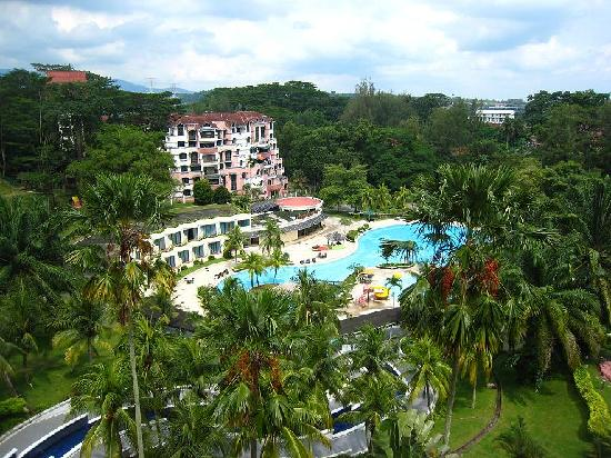 Klana Resort Seremban: Klana swimming pool