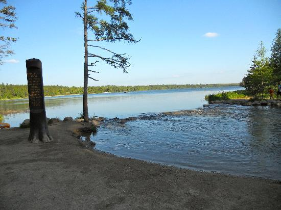 Lake Itasca, MN : Hiking distance to the Headwaters