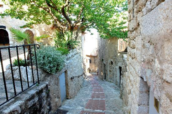 Eze, Francia: lovely streets