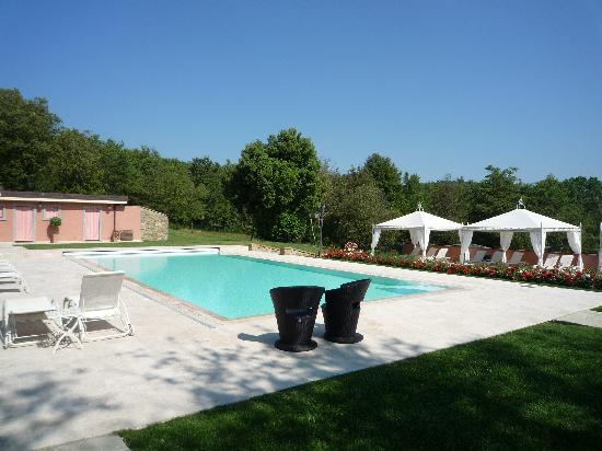Ciggiano, Italia: Beautiful and Relaxing Pool