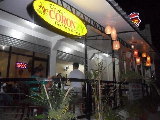 Centro Coron Bed and Breakfast: Our restaurant and coffee shop