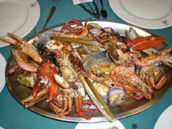 Aviles, Spanien: sea food parillada