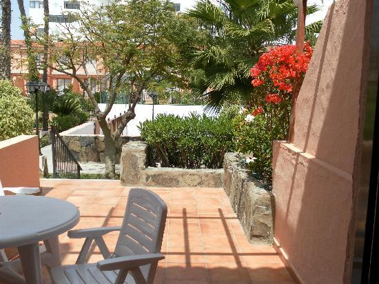Terrace picture of jardin del sol apartments playa del for Bungalows jardin del sol