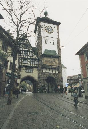 Freiburg im Breisgau, Tyskland: torre in centro