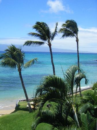 Hale Mahina Beach Resort: Private Beach.