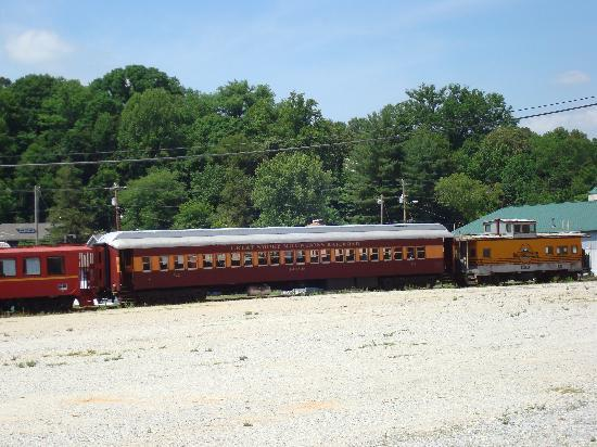Bryson City, NC: Great Smoky Moutain Railway Cars