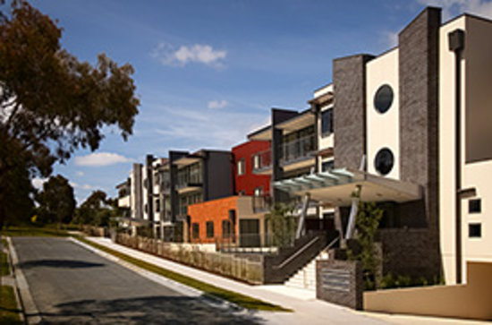 ‪Apartments @ Glen Waverley‬