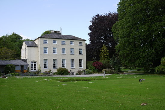 Clonacody House: The house from the back yard