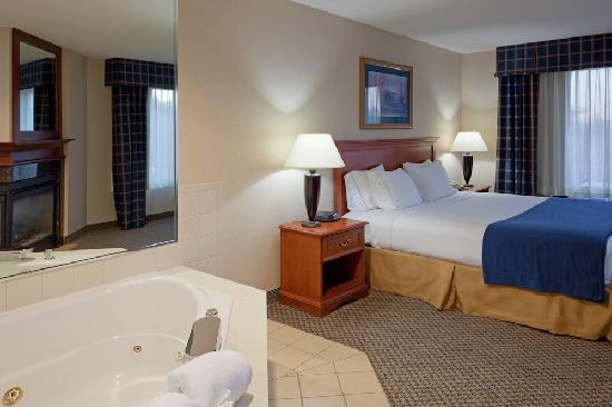Hotels With Adjoining Rooms In Fayetteville Nc