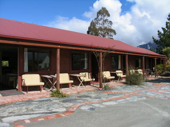 Mt Earnslaw Motel