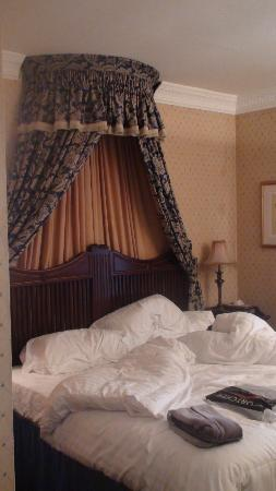 ‪‪Butlers Town House Hotel‬: View of room‬