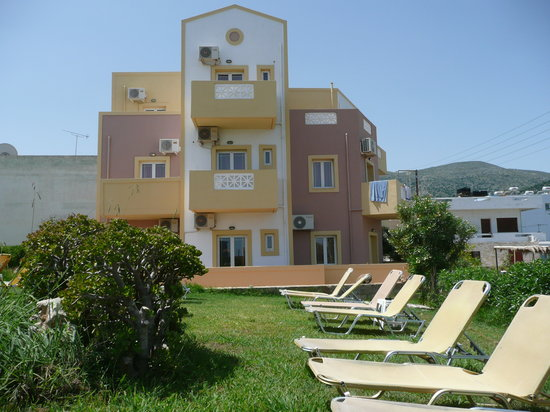 Frixos Hotel & Apartments