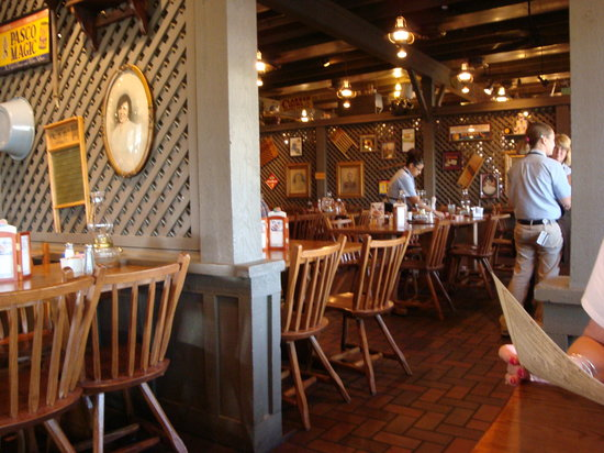 Can reservations be made at cracker barrel