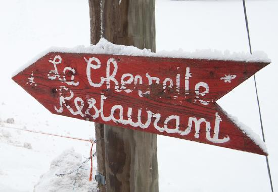 Bernex, France: the road sign to the restaurant