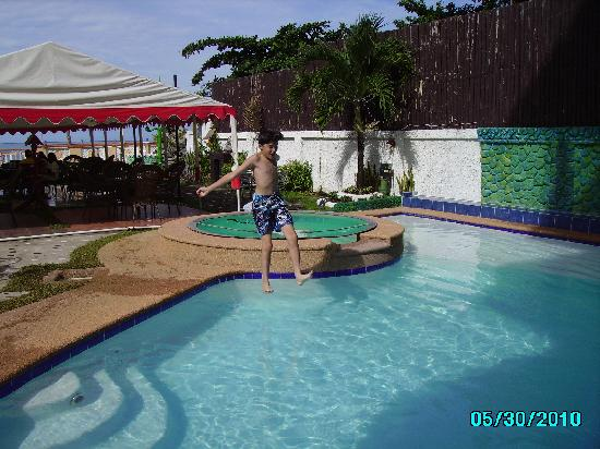 Jaimees Hotel & Resort: swimming pool, my son on it