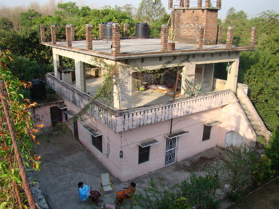 Harrymans Pawalgarh Home Stay